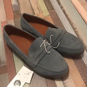 *NWT* Universal Thread Suede Loafers from Target